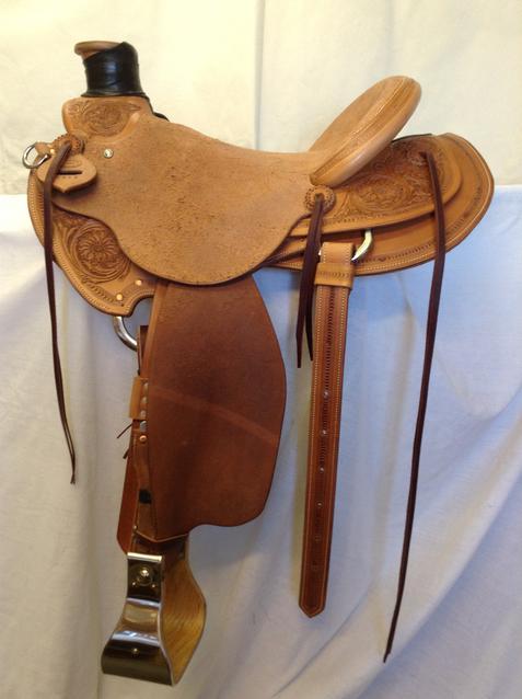 Line Camp Saddle Shop - Saddle gallery